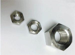 Duplexa 2205 / F55 / 1.4501 / S32760 neoksideblaj ŝtalaj fiksiloj peza heksa nukso M20